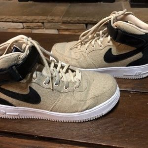 Nike Size 8 Air Force 1'07  Leather PRM Sneakers